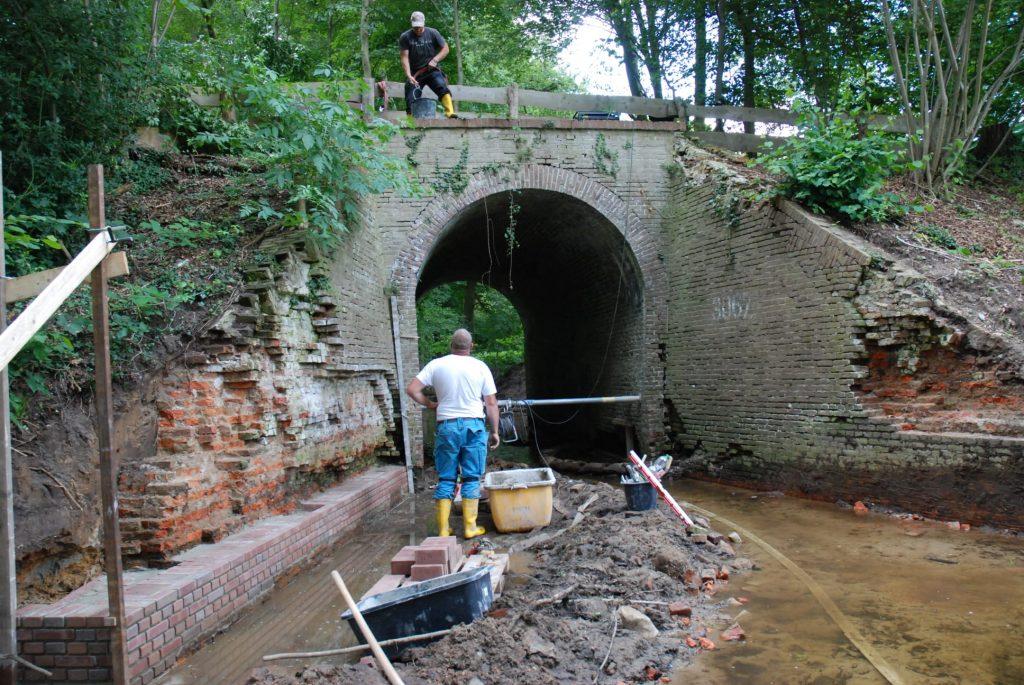 Viadukt_Arbeiten Mauerwerk_05.08 (2)